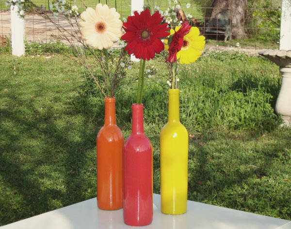 DIY-colorful-pop-art-wine-bottle-vases