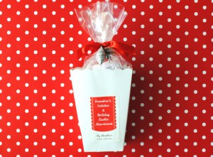 Holiday Gift Idea #3: Scallop Treat Bag for Baked Goods