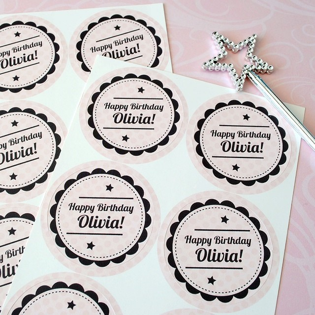 Need unique party favor stickers? Match your stickers to your theme with design online. #birthdayfavors #partyfavors #sickers #makeyourown #diyfavors #circlestickers #celebrate