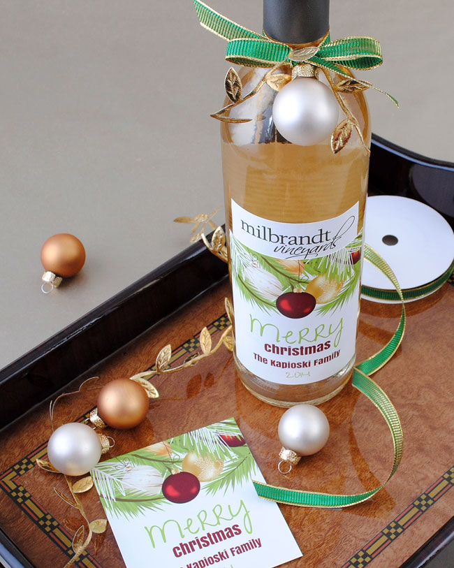 Holiday wine labels! Customize online for the perfect holiday gifts.