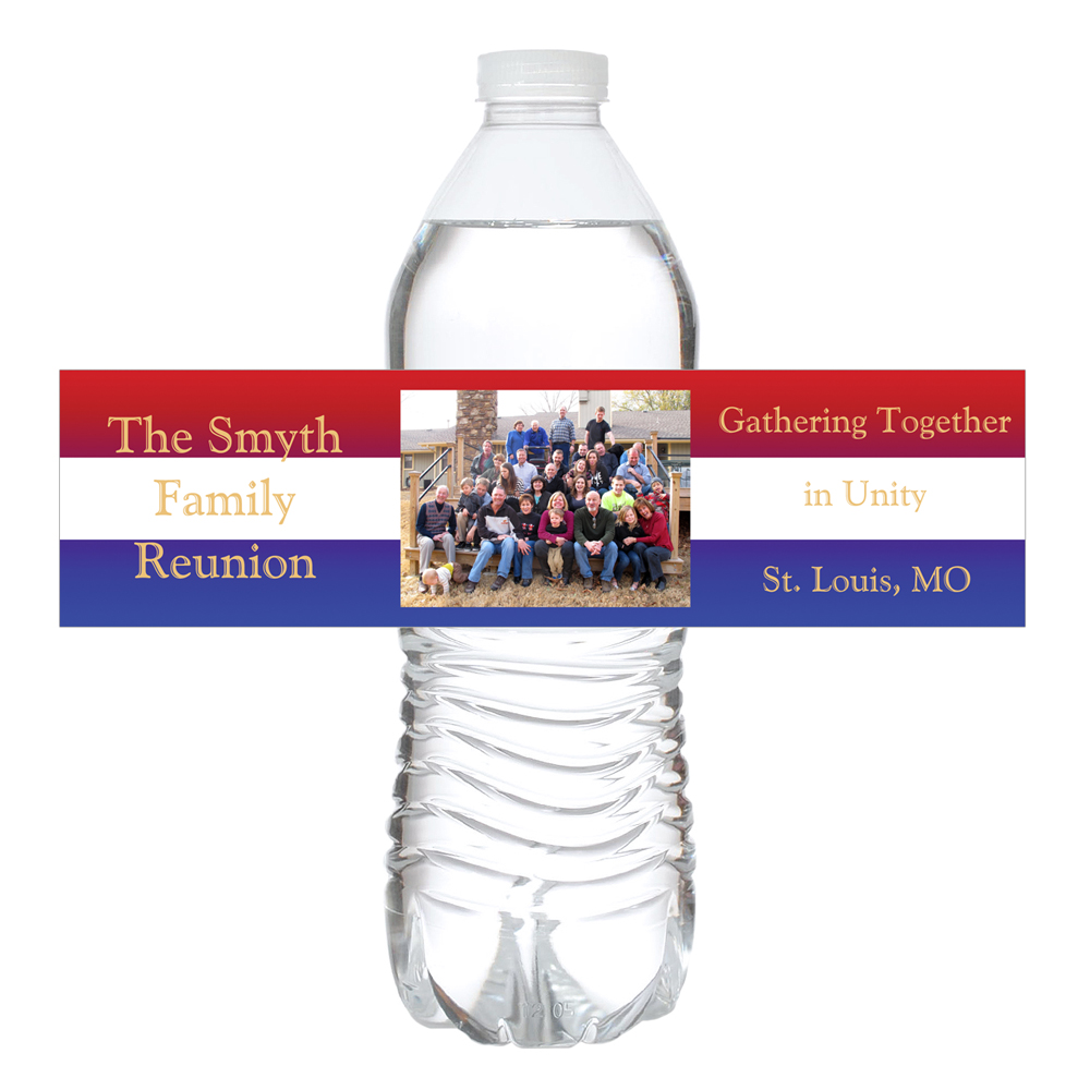 A family reunion water bottle label with family photo